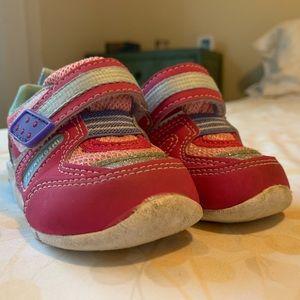 Tsukihoshi Infant Shoes.